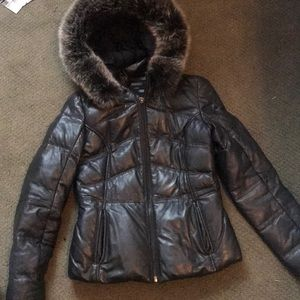 Leather puffer waist length jacket